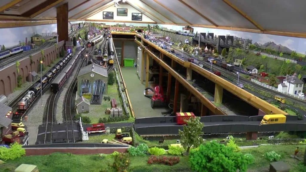 Model Railway Loft Layout